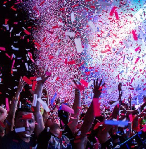 confetti-shooters-tijdens-openingsdans-huren-etten-leur-bruiloft-feest-studenten-feest-kinderfeestje-schoolfeest-buurtfeest-2